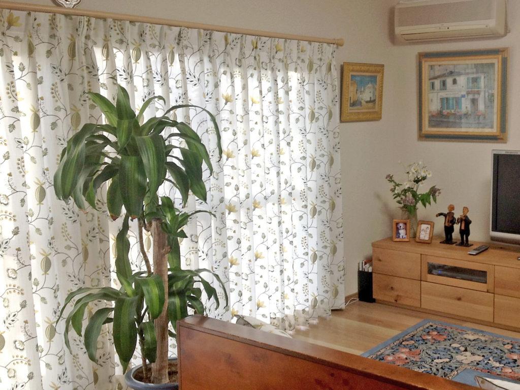 花 刺繍 オーダーカーテン 麻・綿 カフェカーテン リファインさんのリフォーム