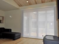 ハンターダグラス シルエットシェード ナチュラルな光の差し込む窓 彩工房