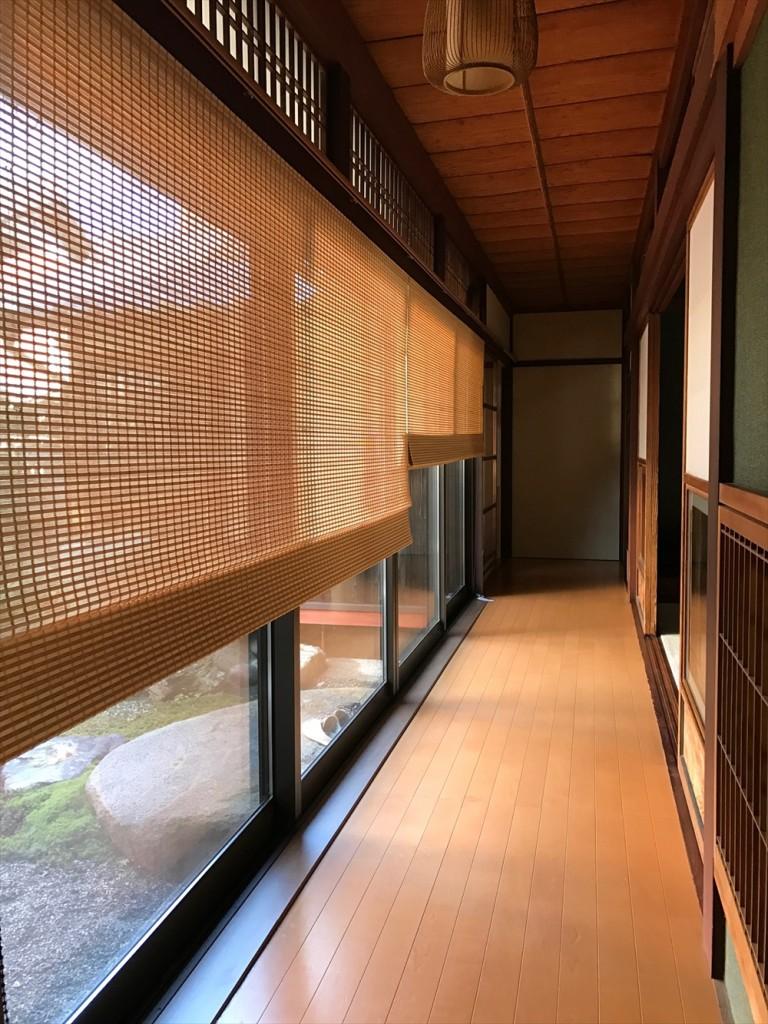 リフォーム – 縁側に日本の伝統を生かした和の経木すだれ