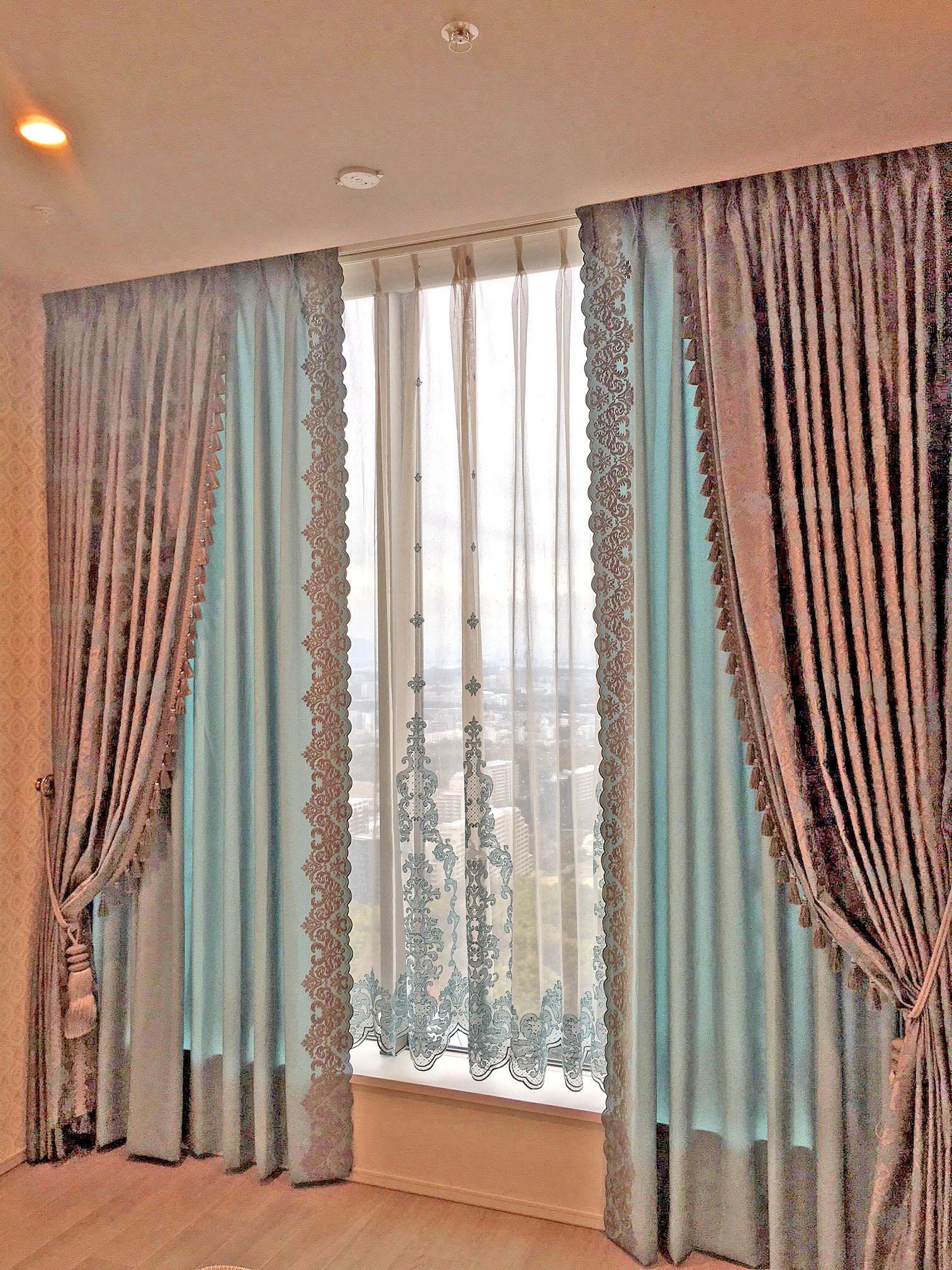 250.まるで宮殿のようなうっとりするカーテン タワーマンション/大阪千里中央