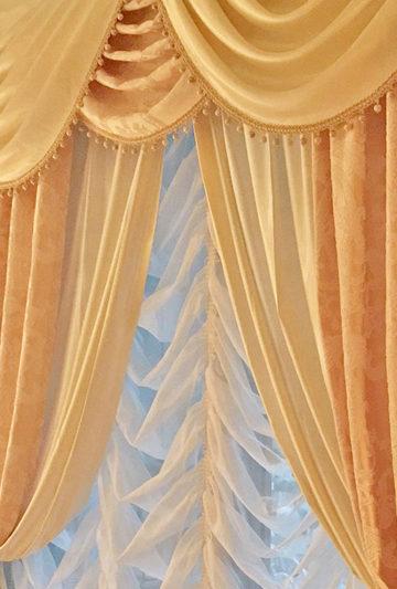 363.優雅で高貴なインテリアをイメージ スワッグ&カスケードバランス 大阪府天王寺